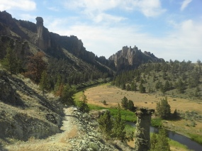 Overlooking Crooked River and Monkey Face.