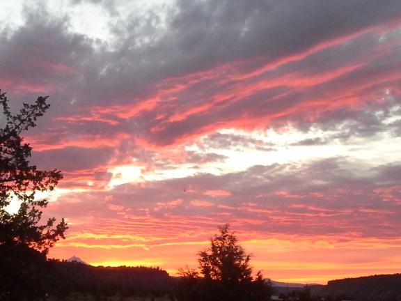 Gorgeous Central Oregon Sunset!